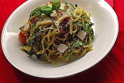 Bibis sommerlicher Spaghetti-Gemüse-Salat 5