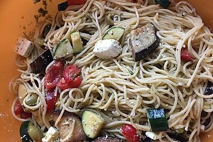 Bibis sommerlicher Spaghetti-Gemüse-Salat 10