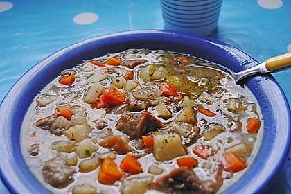 Pfälzer Brotsuppe mit Leberwurst