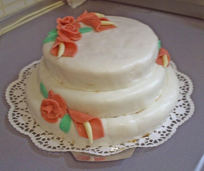 Hochzeitstorte Von Chaoscookie Chefkoch De