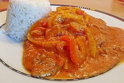 Schnitzel in Paprika - Rahmsauce 1