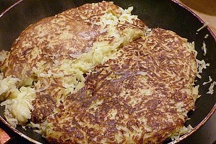 Heilbutt auf Gemüse unter einer Kartoffelhaube
