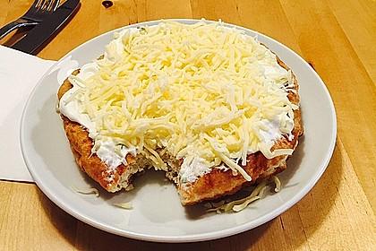Ungarische Langos mit Knoblauchcreme und Käse 29