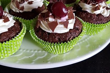 Schwarzwälder Kirsch Cupcakes 69