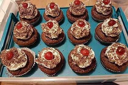 Schwarzwälder Kirsch Cupcakes 19