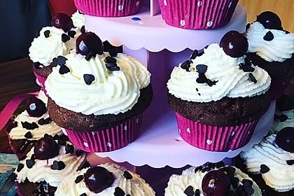 Schwarzwälder Kirsch Cupcakes 20