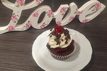 Schwarzwälder Kirsch Cupcakes 22
