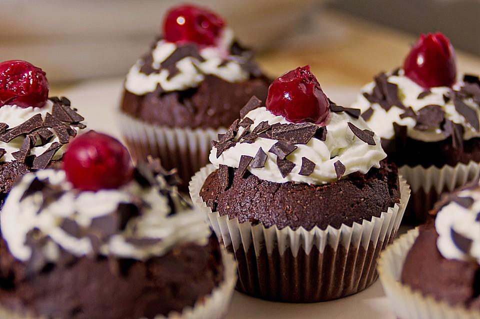 Schwarzwalder Kirsch Cupcakes Von Bakingthelaw Chefkoch De