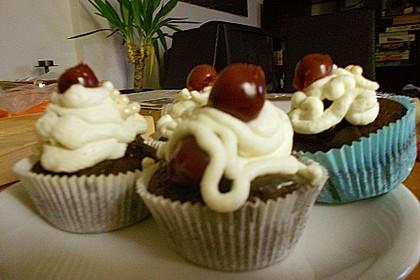 Schwarzwälder Kirsch Cupcakes 241