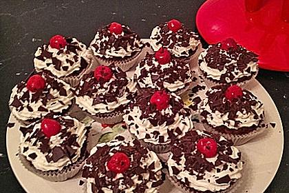 Schwarzwälder Kirsch Cupcakes 143