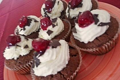 Schwarzwälder Kirsch Cupcakes 239