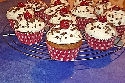 Schwarzwälder Kirsch Cupcakes 133