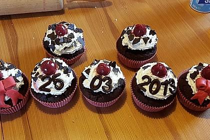 Schwarzwälder Kirsch Cupcakes 54