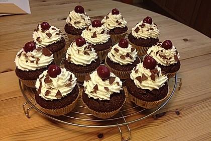 Schwarzwälder Kirsch Cupcakes 44