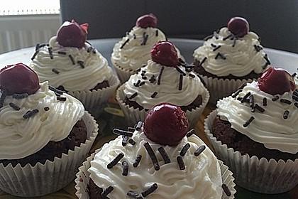 Schwarzwälder Kirsch Cupcakes 200