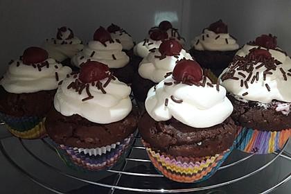 Schwarzwälder Kirsch Cupcakes 101