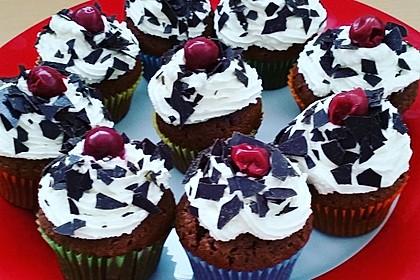 Schwarzwälder Kirsch Cupcakes 61