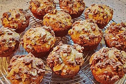 Rhabarber Muffins mit Streuseln 2