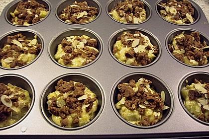 Rhabarber Muffins mit Streuseln 3