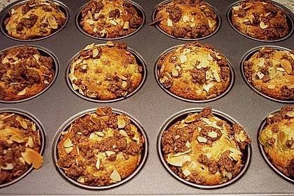 Rhabarber Muffins mit Streuseln