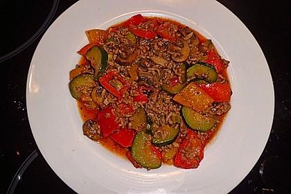 Hackfleisch - Gemüse - Pfanne 15