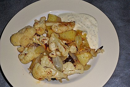 Gebratener Blumenkohl mit Kartoffeln 9