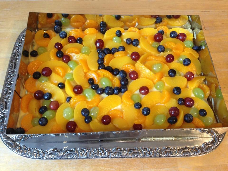 Blechkuchen Mit Obst Zur Einschulung Von Elkepeter Chefkoch De