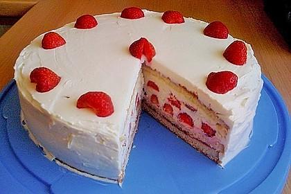 Schnelle Erdbeer - Mascarpone - Torte 8