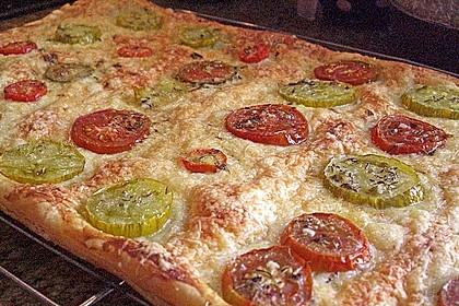 Blätterteig - Pizza mit Tomaten 1