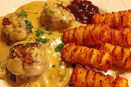 Köttbullar mit Champignon-Rahmsauce 2