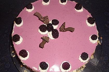 Brombeer - Quark - Torte 7