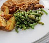 Gebratene grüne Bohnen nach Omas Art mit Zwiebeln und Speck (Bild)