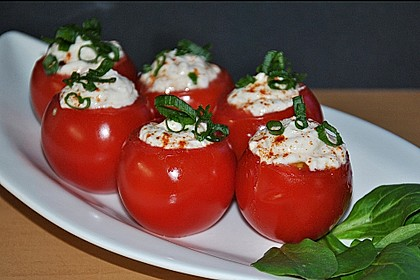 Gefüllte Tomaten mit Schafskäse - Creme 4