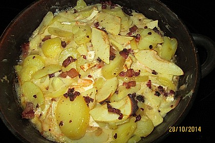 Kartoffel-Apfel-Auflauf mit Camembert 10