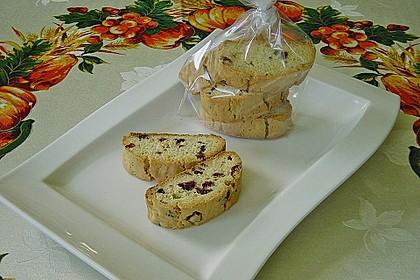 Biscotti mit Mandeln und Cranberries 3