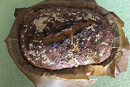 Rustikales Brot im Bräter 73