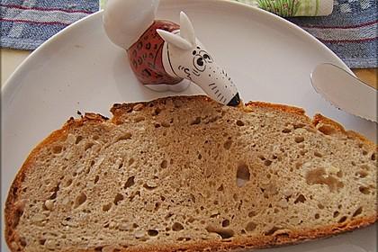 Rustikales Brot im Bräter 94