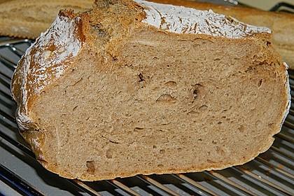 Rustikales Brot im Bräter 83