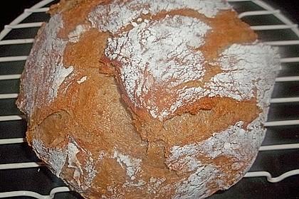 Rustikales Brot im Bräter 123