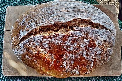 Rustikales Brot im Bräter 110
