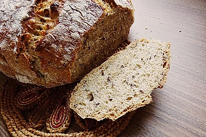 Rustikales Brot im Bräter 42