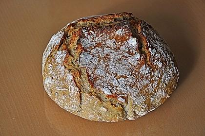 Rustikales Brot im Bräter 24