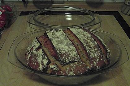 Rustikales Brot im Bräter 114