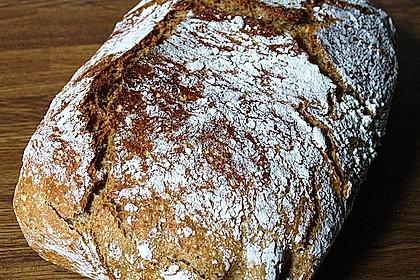 Rustikales Brot im Bräter 9