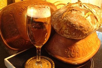 Rustikales Brot im Bräter 53