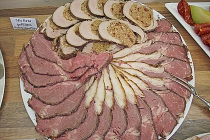 Gabis mit Brät gefülltes Schweinefilet
