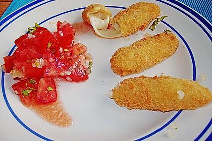 Tomatensalat mit Mozzarellasticks 1