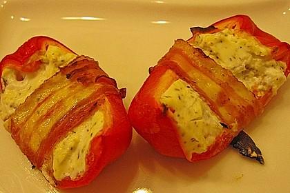 Frischkäse - Paprika - Schiffchen im Speckmantel 57
