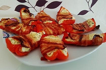 Frischkäse - Paprika - Schiffchen im Speckmantel 6