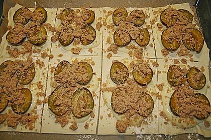 Zwetschgenschnitten mit Pudding und Nuss - Streuseln 13